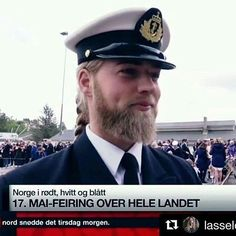 Dimples! #lasselom #lassematberg #norwegian #navy