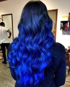 """109 curtidas, 3 comentários - Tristano Peluqueria (@tristanopeluqueria) no Instagram: """"Este cabelo deixou todo mundo de queixo caído hoje. Perfeição azul! Mais um trabalho da @dear_bella…"""""""