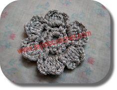 A small flower fabric crochet (hook) - CROCHET KNITTING