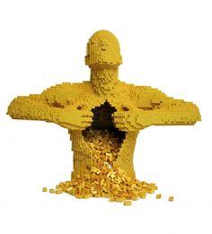 芸術的なレゴ!元弁護士のレゴアーティストによる「感性を刺激する」アートギャラリー - 気になる - クランクイン!