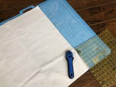 Are you renovating a toy hauler or R. and want to update it and add character on a budget? DIY dropcloth curtains are just the ticket! Roll Up Curtains, Camper Curtains, How To Make Curtains, Diy Camper, Camper Ideas, Portable Tent, Camper Makeover, Camper Renovation, Remodeled Campers