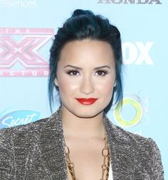 Demi Lovato's Blue Hairdo: We Say It's a DO! Y tu?