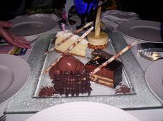 These is what was served up at my friends' restaurant Osetra (which means russian caviar) it's a nice upscale place with fusion style cuisine consisting mostly of seafood. As u can see they are great in desserts too. This was for my frend Kristine's