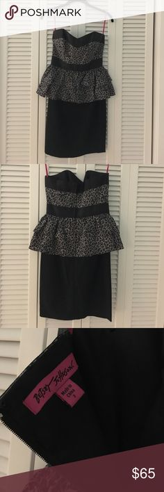 Black Leopard Betsey Johnson Peplum Dress A super cute and fun strapless ruffle peplum dress with leopard bodice and black skirt. This gives off major Marilyn Monroe vibes and is such a show stopper! Only worn 3 times. Betsey Johnson Dresses Strapless