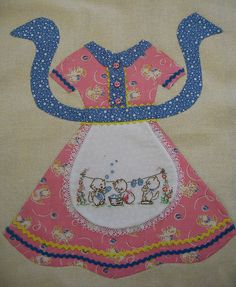Simply adorable apron block... Lori Holt pattern