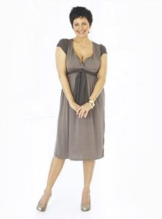 top heavy body shape | Reader fashion-clevage-stone dress-womens fashion-womens accessories ...