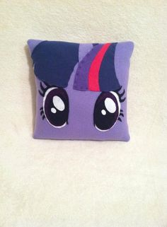 My Little Pony Bedroom Decor Awesome Twilight Sparkle Plush Pillow My Little Pony Bedroom by My Little Pony Dolls, My Little Pony Party, My Little Pony Bedroom, My Little Pony Twilight, Sparkle Party, Tsumtsum, Horse Crafts, Felt Decorations, Sewing Pillows