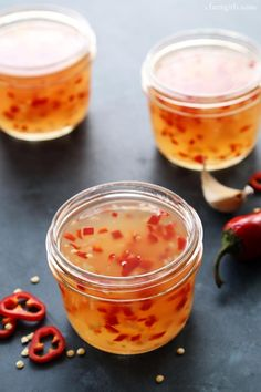 Asian Style Sweet Chili Sauce from afarmgirlsdabbles.com #notyourmamascanningbook
