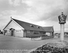The Elwes Arms public house, Oakdale Road, Carlton, Nottingham, c 1962