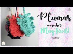 plumas a crochet muy fácil - YouTube Freeform Crochet, Irish Crochet, Crochet Doilies, Crochet Flowers, Knitting Videos, Crochet Videos, Crochet Toys, Knit Crochet, Crochet Phone Cover