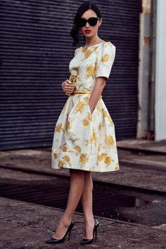 Schickes Design Frauen Grau Bekleidung Daunenjacke Bettola
