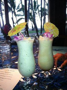 One of our favorite places. Mama's Fish House - Paia, Maui, HI Trip To Maui, Need A Vacation, Hawaii Vacation, Hawaii Life, Maui Hawaii, Maui Travel, Travel Tips, Maui Recipe, Mamas Fish House Maui