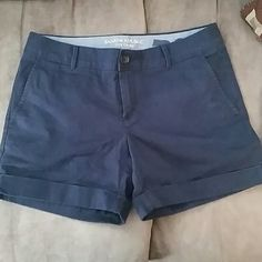 Banana Republic City Chino shorts Banana Republic City Chino shorts size 4 in EUC!  My daughter's initials were put inside and covered up. She goes to 4-H Camp and we like to come back with what we take. Color is navy blue are are super cute and a great length! Comes from a smoke free home and open to offers! Banana Republic Shorts Jean Shorts