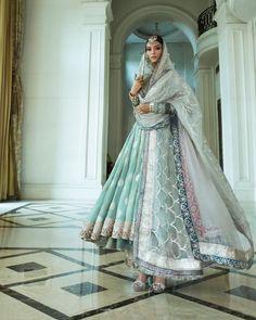 Manish Malhotra Suits, Manish Malhotra Bridal, Bridal Lehenga, Ethnic Outfits, Indian Outfits, Indian Attire, Indian Wear, Saree Trends, International Fashion
