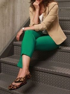 Trendy fashion work style color combos ideas - business professional outfits for interview Casual Work Outfits, Business Casual Outfits, Professional Outfits, Business Attire, Work Attire, Work Casual, Chic Outfits, Fashion Outfits, Womens Fashion