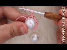 شاهدوا ماذا يمكنكم صنعه باستخدام الخرز مع فن الكروشيه / مشروع مربح لربات البيوت / crochet con perlas - YouTube Crochet Earrings Pattern, Crochet Jewelry Patterns, Crochet Bikini Pattern, Crochet Rug Patterns, Bead Crochet, Irish Crochet, Crochet Crafts, Crochet Teacher Gifts, Silk Bangles