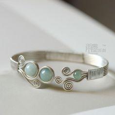 Cool easy handmade bracelet