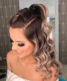 Up Dos For Medium Hair, Medium Hair Styles, Curly Hair Styles, Braided Hairstyles, Cool Hairstyles, Hair Upstyles, Colored Hair Tips, Braids With Curls, Grunge Hair