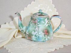Czech Enamelware Tea Pot w Lid...Lovely Decorative Graniteware Tea Pot w Sprayed Floral Design of White, Moss Green, Rose Pink, Aqua Flowers