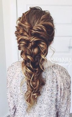 Long Hairstyle Ideas for Wedding Prom