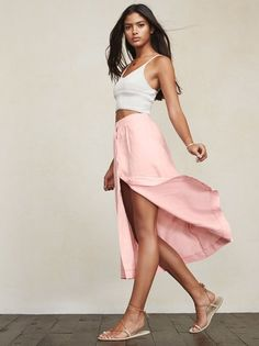 When you can't decide if you should go mini or long, the Ventura Skirt. It's a such a lovely compromise. https://www.thereformation.com/products/ventura-skirt-bashful?utm_source=pinterest&utm_medium=organic&utm_campaign=PinterestOwnedPins