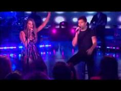 Ricky Martin and Joss Stone - The Best Thing About Me is You (subtitulado).wmv
