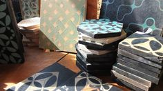 Tiles and tests in our workshop. Tile Design, Outdoor Furniture, Outdoor Decor, Tiles, Ottoman, Workshop, Gift Wrapping, Crafts, Home Decor