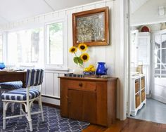 Great framed nautical knot board. Featured on Completely Coastal: http://www.completely-coastal.com/2014/07/blue-and-white-nautical-cottage.html