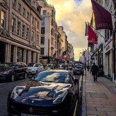 Amazing Day in London with my love  @bondstreet #shoppingworld #amazingtimes #lovetrip #luckygirl #mashlondon #londoncity #londonbridge #towerhill #novotelhotel #memories #thankful by camillaellinghart