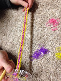 This is a tangled colored rainbow loom me and my friend Jacie are making Crafts For Girls, Arts And Crafts, Monster Tail Loom, Wonder Loom, Fun Loom, Rainbow Loom Creations, Rubber Band Bracelet, Rainbow Loom Bracelets, Rubber Bands