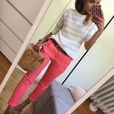 Outfit #ootd#dailylook#dailypost#dailyfashion#instalook#instafashion#fashionpost#fashiondiares#fashionblogger#wiwt#picoftheday blouse#navyparis chino#reikojeans sac#modeinelo sandales#unisa#arabesquetoulouse
