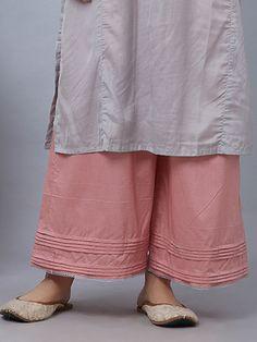 Plus Size Women S Clothing Baton Rouge Info: 9627967228 Kurti Sleeves Design, Sleeves Designs For Dresses, Kurta Neck Design, Plazzo Pants, Salwar Pants, Pakistani Fashion Casual, Pakistani Dresses Casual, Stylish Dresses For Girls, Ladies Dresses
