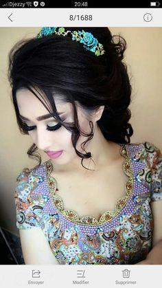 Saree Blouse Neck Designs, Kurta Neck Design, Dress Neck Designs, Arabic Dress, Afghan Dresses, Night Dress For Women, Moroccan Dress, Russian Fashion, Most Beautiful Indian Actress