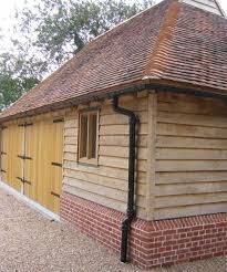 bungalow with brick plinth detail - Yahoo Image Search results Wooden Cladding Exterior, Oak Cladding, House Cladding, Oak Framed Buildings, Timber Buildings, Garden Buildings, Garage Design, House Design, Timber Frame Garage