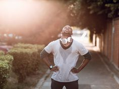 11 ways to prevent heat exhaustion during a… http://www.mensfitness.com/training/pro-tips/11-ways-prevent-heat-exhaustion-during-workout
