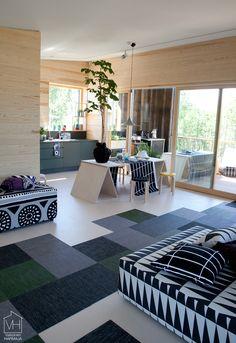 Jyväskylän asuntomessut 2014 - Skammin talo via Valkoinen Harmaja My Dream Home, Home Kitchens, Guest Room, My House, Kids Rugs, House Design, Cabin, Interior Design, Architecture