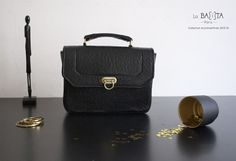 """JOSIE"" black crisp leather handbag"