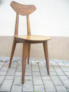 Krzesło - proj. Wanda Genga, 1958 rok Spółdzielnia Przemysłu Ludowego i Artystycznego Trojnik w Wojniczu