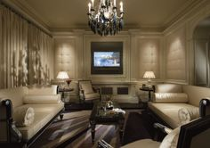 CLIVE CHRISTIAN OF NOTTINGHAM: Clive Christian Luxury Architectural Furniture