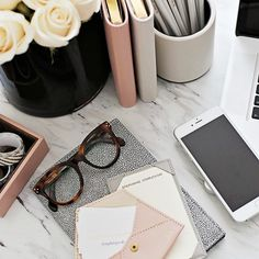 18 Desk Accessories Every Girl Boss Should Own via @MyDomaine