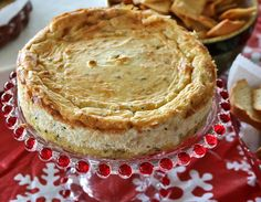 Ring in the New Year with this delicious and savory Blue Cheese Cheesecake! Recipes, Food and Cooking (Blue Cheese Cake) Blue Cheese Cheesecake Recipe, Savory Cheesecake, Cheesecake Recipes, Pie Recipes, Yummy Recipes, Kos, Ma Baker, Biltong, Savory Tart