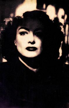 JOAN CRAWFORD in Humoresque 1946. Fomidable Joan, big shoulders, big fur coat, big lips & eyebrows..you didn't say no to this woman. (please follow minkshmink on pinterest) #joancrawford Joan Crawford, Old Hollywood Stars, Classic Hollywood, Bette Davis Eyes, George Hurrell, Hollywood Costume, Black And White Stars, Big Shoulders, Big Lips