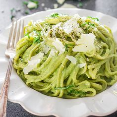 1 clove garlic 1 avocado 1 cup fresh spinach ½ cup pecans ¼ cup basil 1 tbsp fresh lemon juice ¾ to 1 cup pasta water salt and pepper to taste