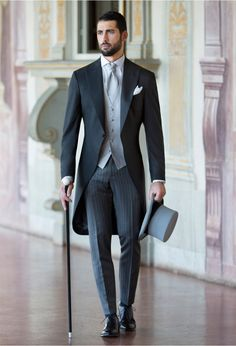 Jacket. Single breasted waistcoat. Proper fitting trousers