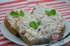 Hermelínová pomazánka se šunkou natřená na křupavý čerstvý chlebíček. Autor: Lacusin Krabi, Bon Appetit, Cheddar, Banana Bread, Grains, Vegetarian, Food, Tips, Cheddar Cheese