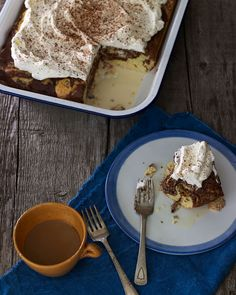 This is a twist on pastel de tres leches, or three milks cake, one of the most - if not the most popular - cakes throughout Mexico. Funnel Cakes, Winter Desserts, Sweet Desserts, Christmas Desserts, Sorbet, Biscotti, Three Milk Cake, Brownies, Dessert Crepes