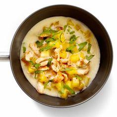 Cheeseburger Chowder, Thai Red Curry, Noodles, Mango, Ethnic Recipes, Food, Macaroni, Manga, Essen