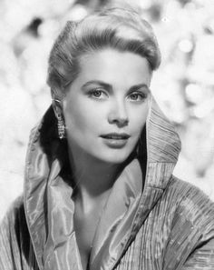 Grace Kelly had it. Royally.