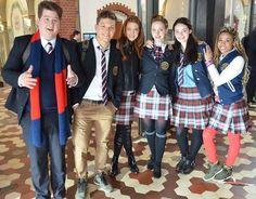 Smaragdgrün - Gordon (Chris Tall), Raphael (Lion Wasczyk), Charlotte (Laura Berlin), Serena (Amelie Plaas-Link) & Leslie (Jennifer Lotsi)   Behind the scenes