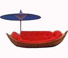 Boat Seat With Parasol: Kind of wacky piece of outdoor furniture but I think it's fabulous! I am already planning out an entire room around this couch in my head! Weird Furniture, Mod Furniture, Home Decor Furniture, Cheap Furniture, Outdoor Furniture, Bedroom Furniture, Boat Bed, Parasols, Umbrellas